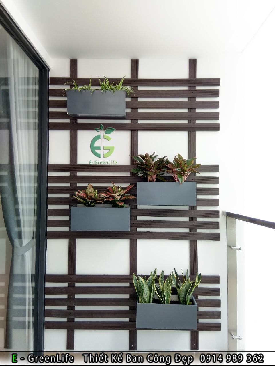 giàn treo hoa composite ốp tường ban công loại ngang