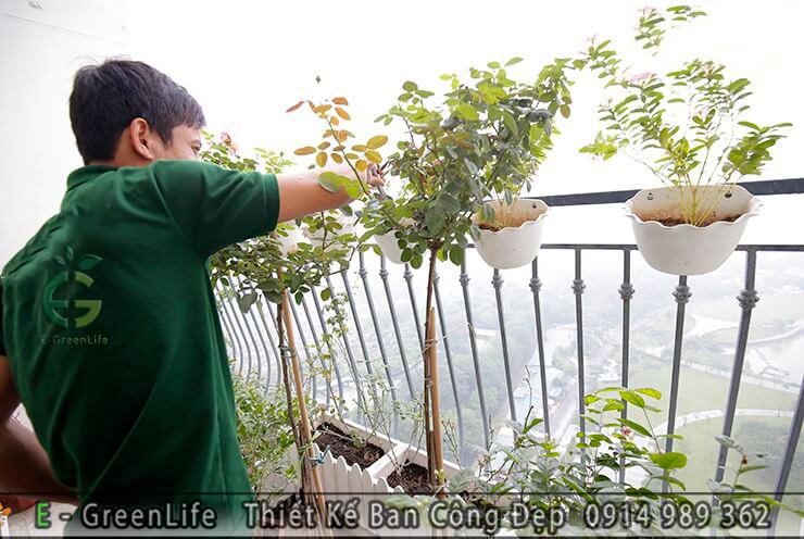 mau-ban-cong-dep-combo-5-nha-chi-yen-an-binh-city-4-1